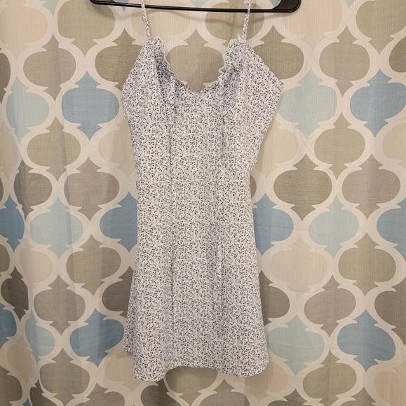 CBR Dresses & Skirts - Blue and white floral mini dress